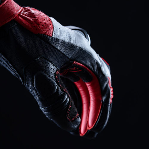 FIVE_RFX2_black_red_2020_focus_05