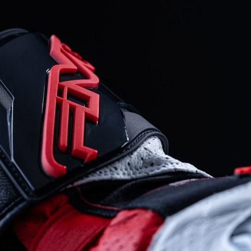 FIVE_RFX2_black_red_2020_focus_09