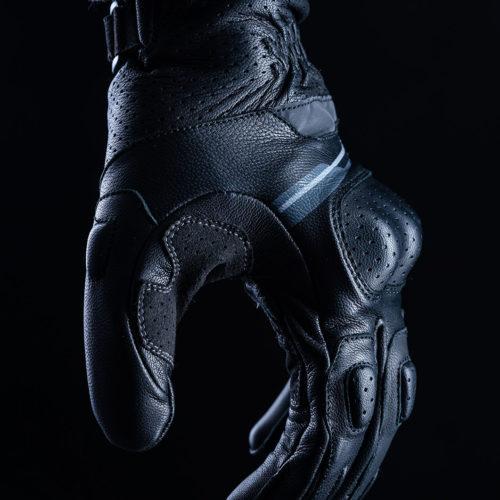 FIVE_rfx_sport_black_2020_focus_01