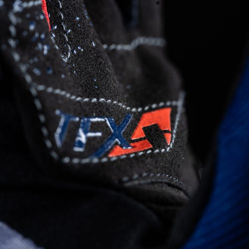 tfx4_blue_red_focus_2